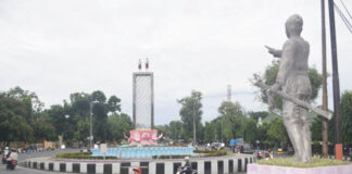 POLEMIK. Renovasi Monumen Perjuangan Tentara Pelajar yang memindah dan mengganti lambang Garuda dengan patung SD menuai polemik serta penolakan dari berbagai pihak.