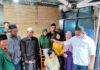 CUKUR GEMBEL. Agenda cukur gembel di masa pandemi yang dilakukan di Sikunang, Kejajar.
