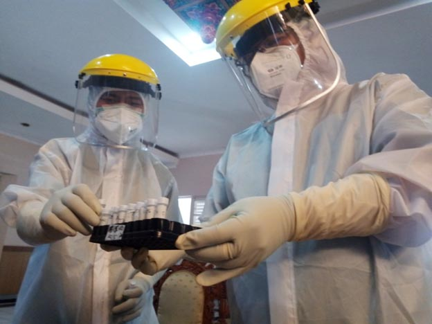 SWAB. Satgas Penanganan Covid-19 Kabupaten Purworejo terus menggencarkan swab untuk mendeteksi dan mencegah penularan Covid-19.