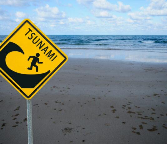 Waspadai Tsunami